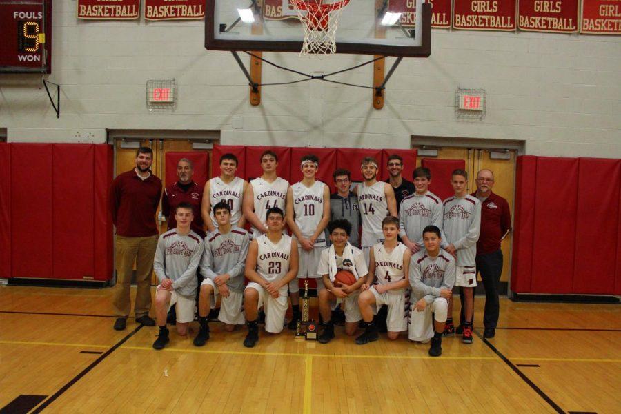 Pine+Grove+Boy%27s+Basketball+team+after+winning+championship+game+of+Cardinal+Classic.