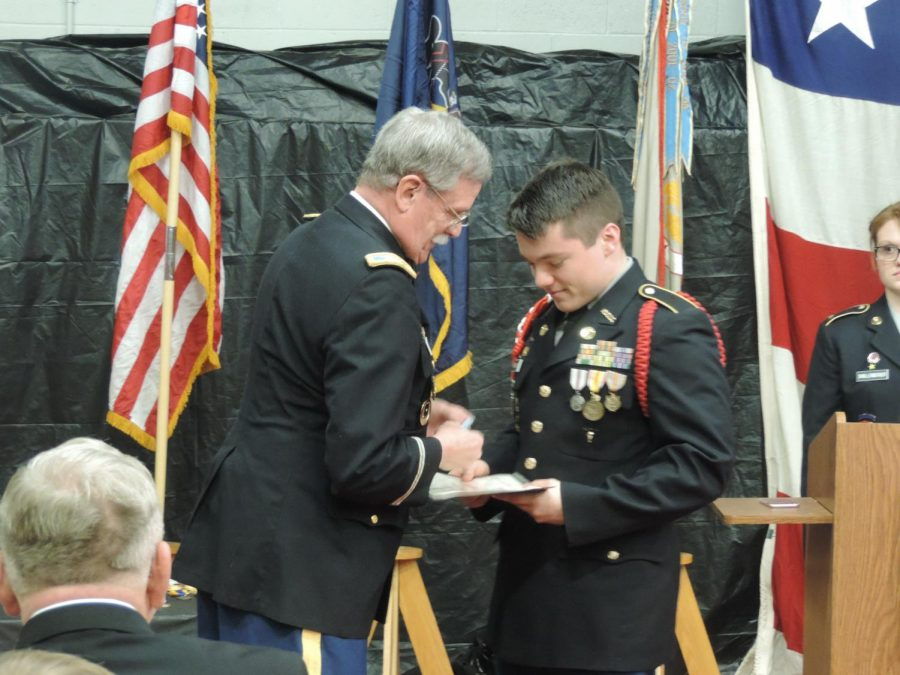 Cadet+Brandon+Yesenosky+accepting+an+award.