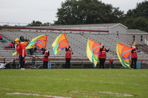 Homecoming Battle: Cardinals Victorious Against Indians