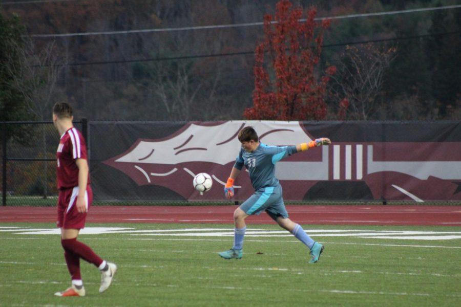 Kaden Lengle Punting the ball.