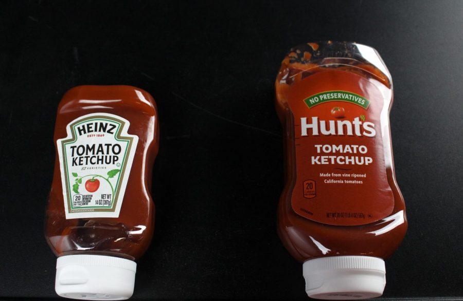An image of Heniz Tomato Ketchup vs. Hunts Tomato Ketchup.